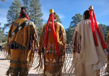 Cultural performance on Native American Day. Photo: flickr.com/photos/grand_canyon_nps/5188445791