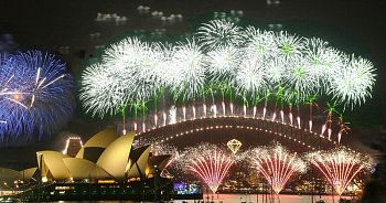New Year's Eve fireworks over Sydney harbor bridge