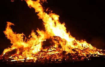 Special bonfires are often lit during Samhain. Photo: flickr.com/photos/grahammitchellphotography/4081348856/